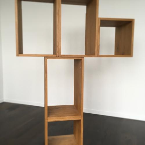 Büchergestell 03, Gebranntes Holz, Antik, 2017